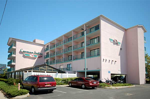 Oceanside. Suites with living room (sleep sofa) and separate bedroom (king or 2 doubl - Ocean City Maryland
