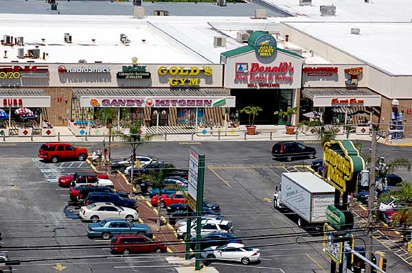 The Gold Coast mall is proud to offer a variety of shops, restaurants and services to - Ocean City Maryland
