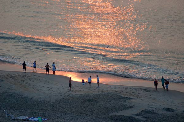 Spacious oceanfront one, two and three bedroom condominiums renting nightly, split-we - Ocean City Maryland